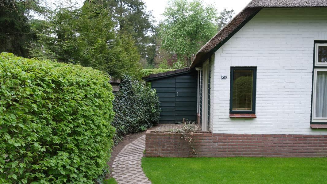 Het Roodborstje - huisnummer | Romantische lodge voor 4 personen | Veluwe Lodges Otterlo